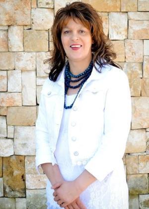 Yolanda Uys