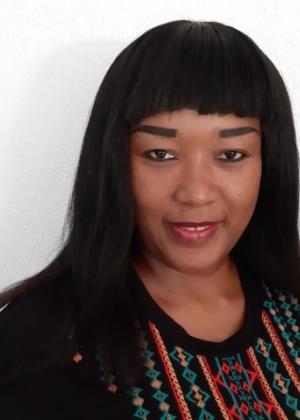 Mpumi Nhlabathi