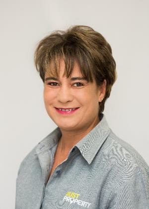Erna van der Merwe