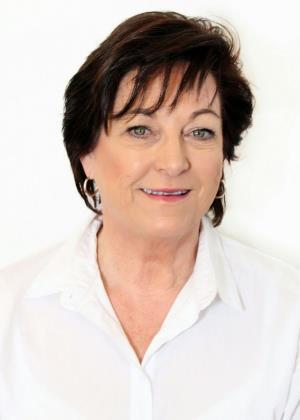 Cecilia Lourens - Intern