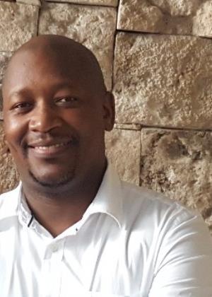 Mkhululi Mvuli - Intern