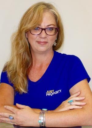 Tracey Gavin - Intern