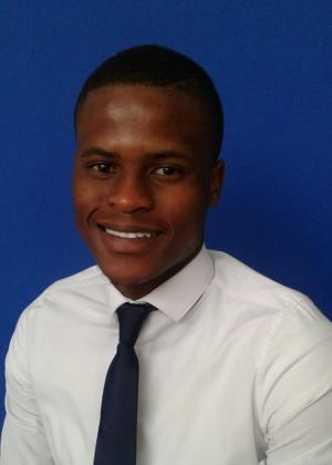 Simphiwe Nhlangoti - Intern