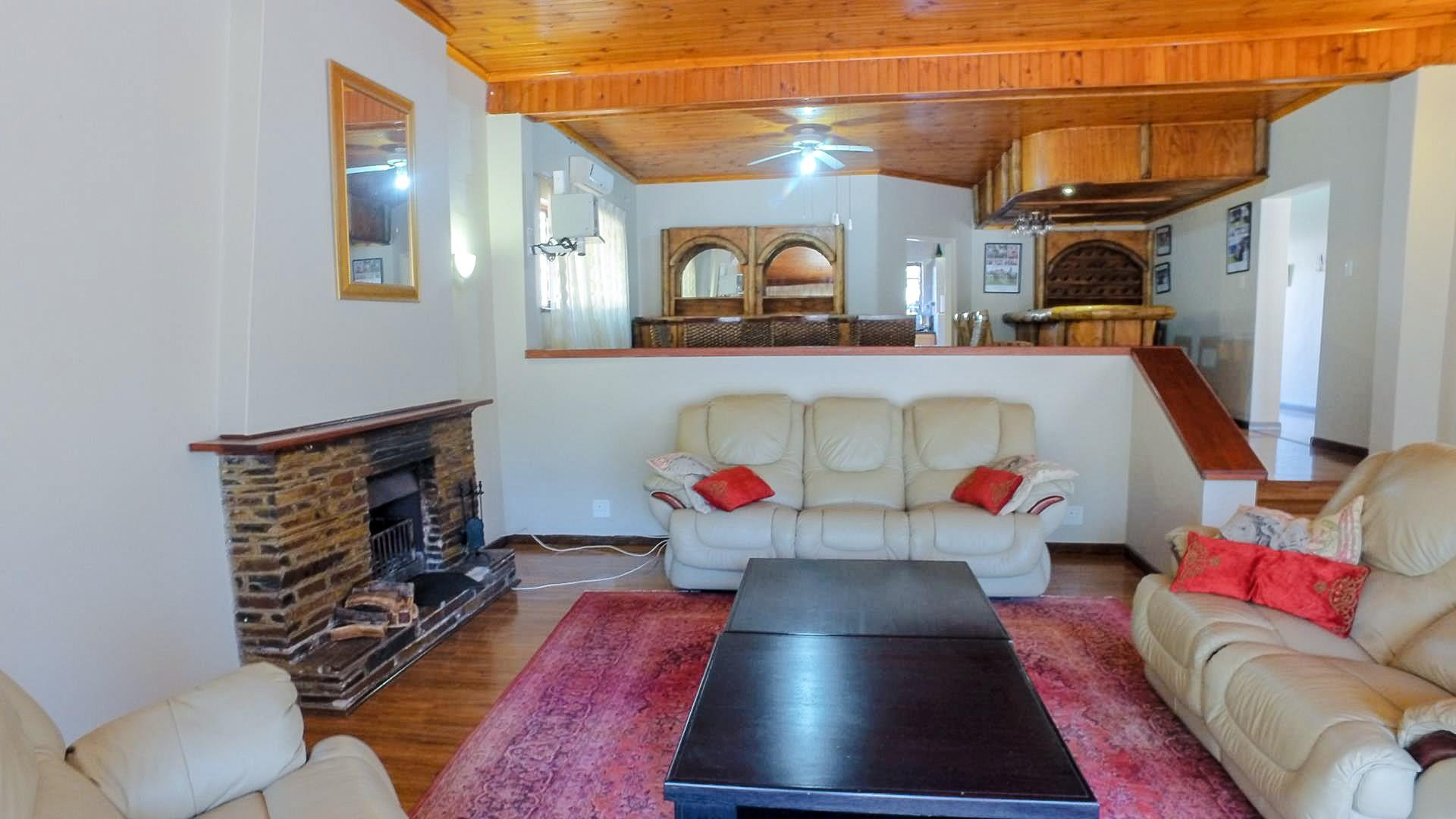 4 Bedroom House For Sale in Ashburton | RE/MAX™ of ...