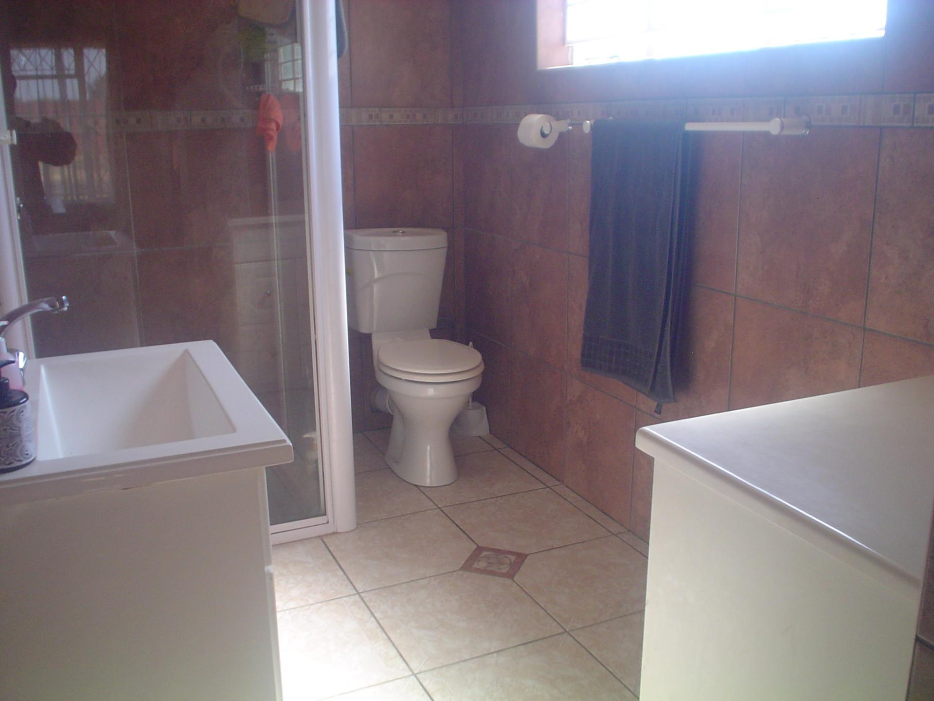 3 Bedroom House For Sale in Northmead