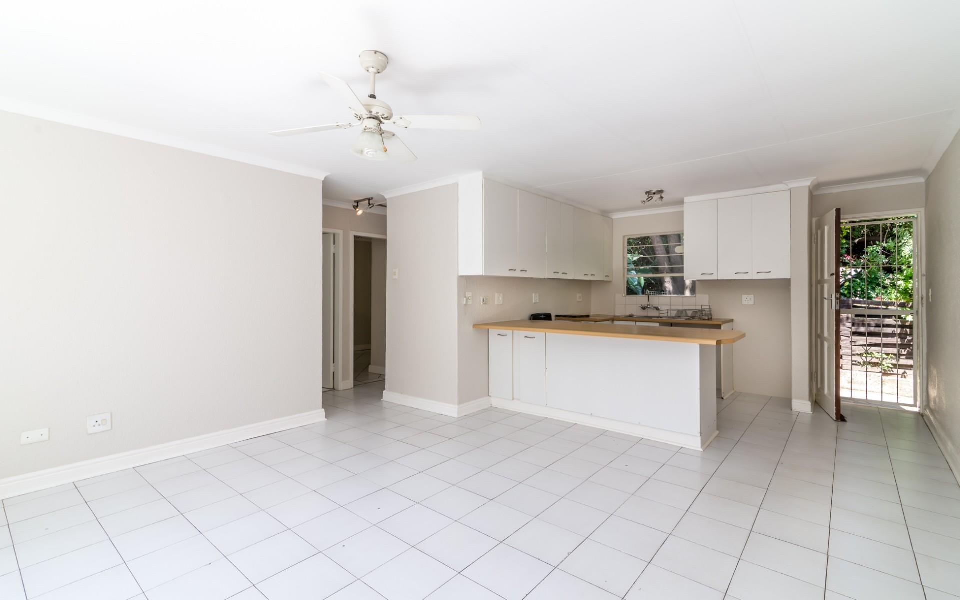 2 Bedroom Townhouse For Sale in North Riding