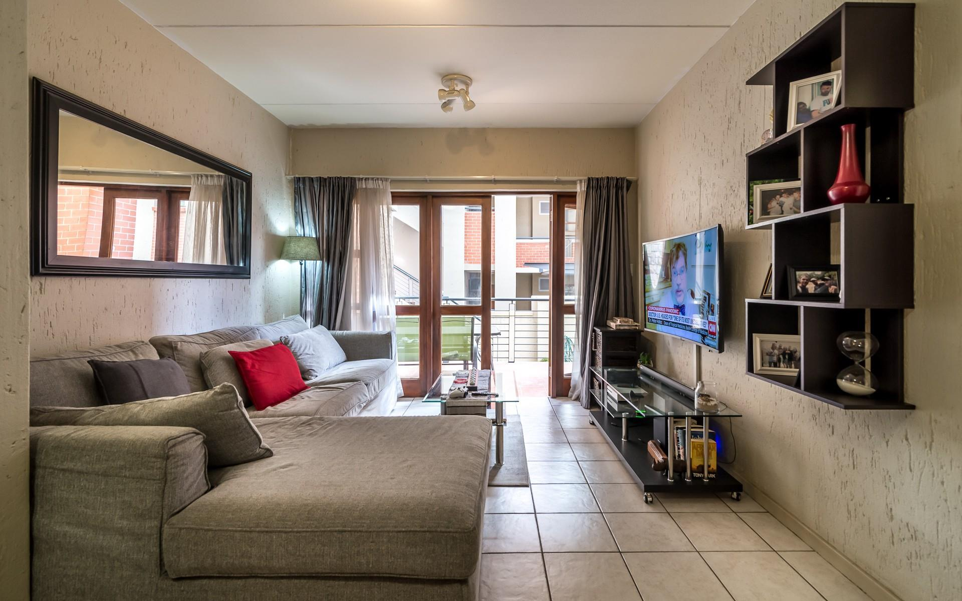 1 Bedroom Apartment / Flat For Sale in Douglasdale