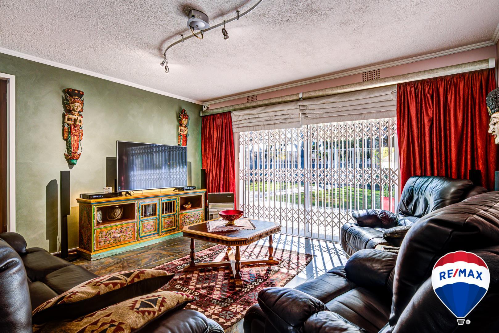 4 Bedroom House For Sale in Beyerspark