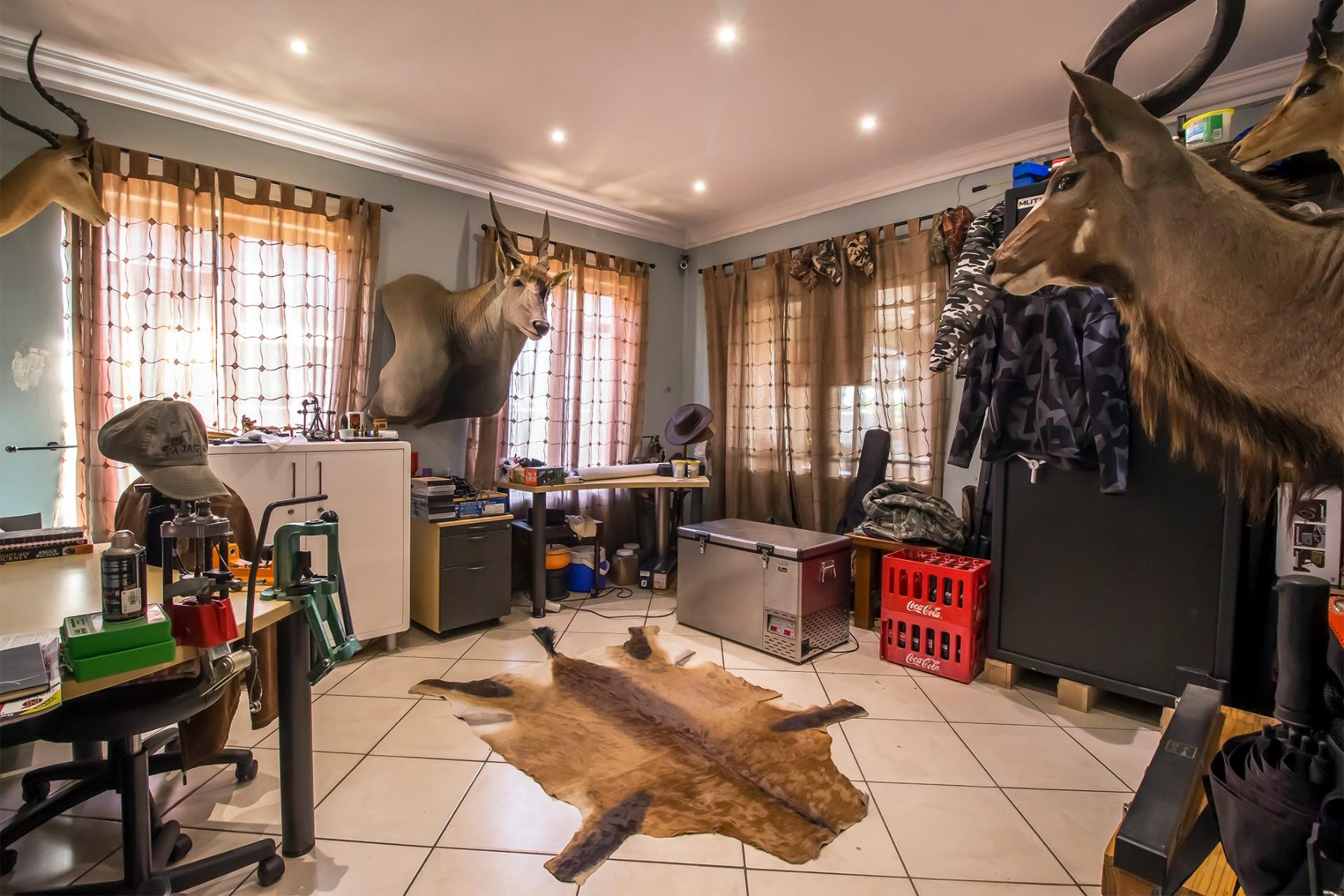 4 Bedroom House For Sale In Glen Erasmia Re Max Of
