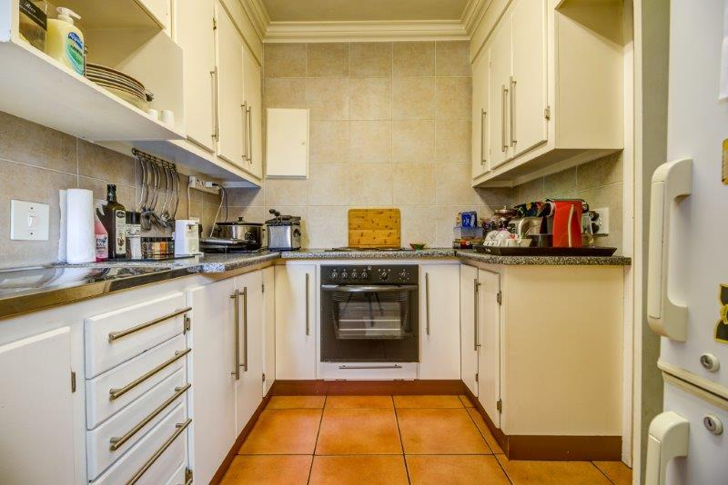 2 Bedroom Townhouse For Sale in Edleen