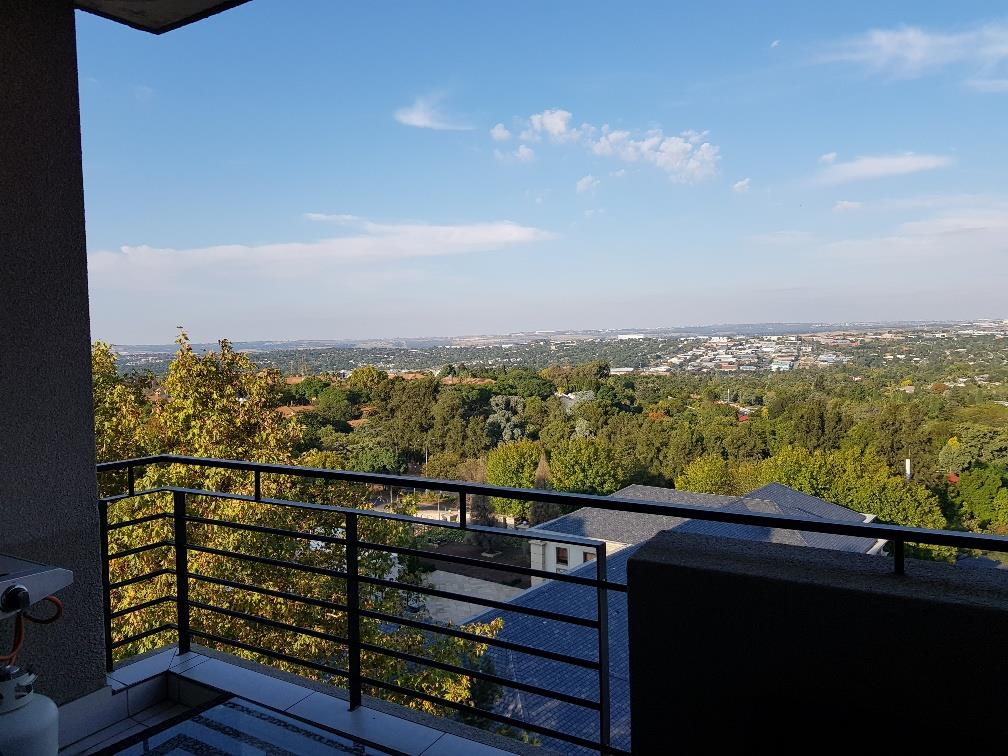 2 Bedroom Apartment / Flat For Sale in Morningside
