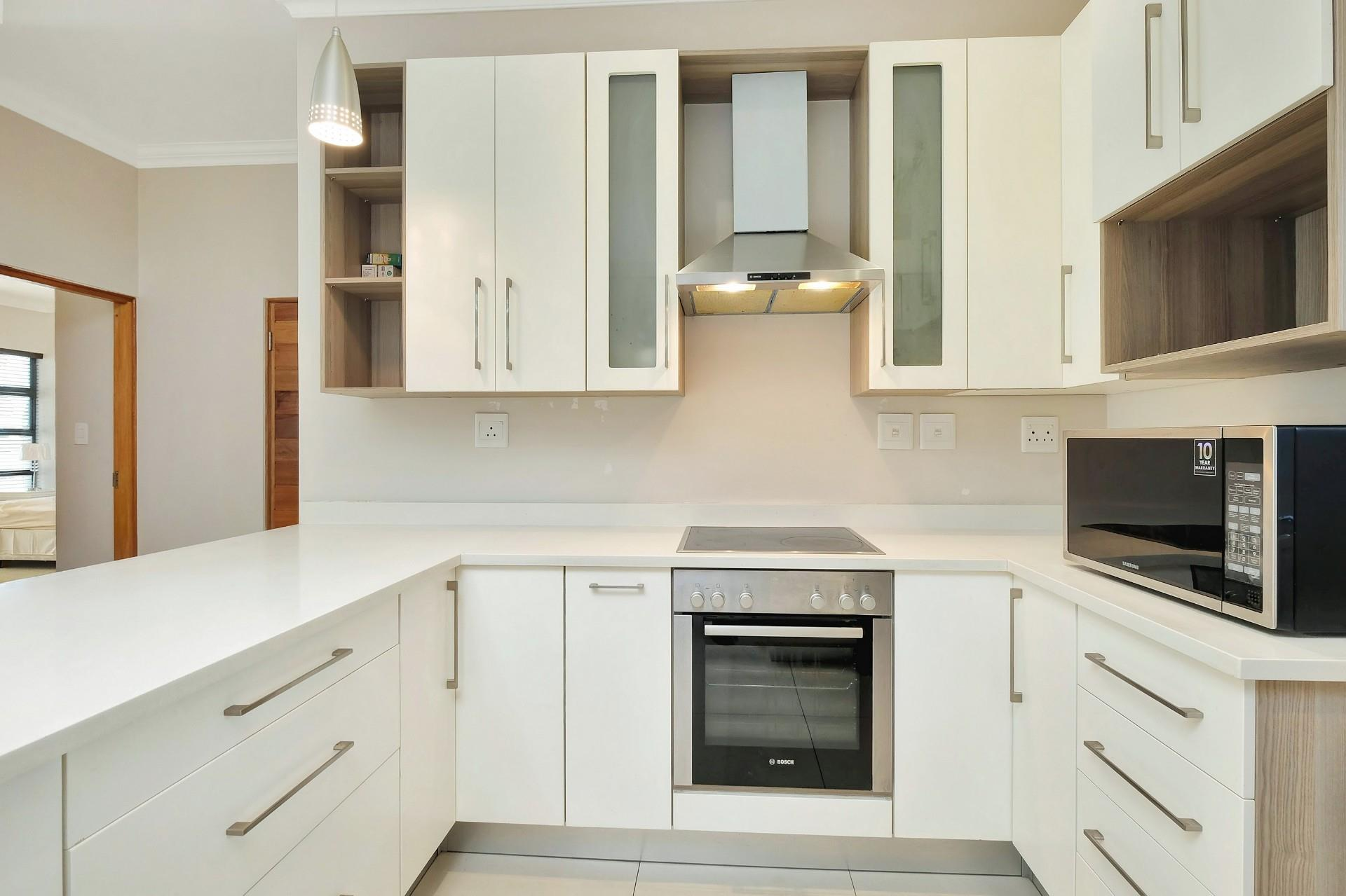 3 Bedroom Apartment For Sale in Morningside