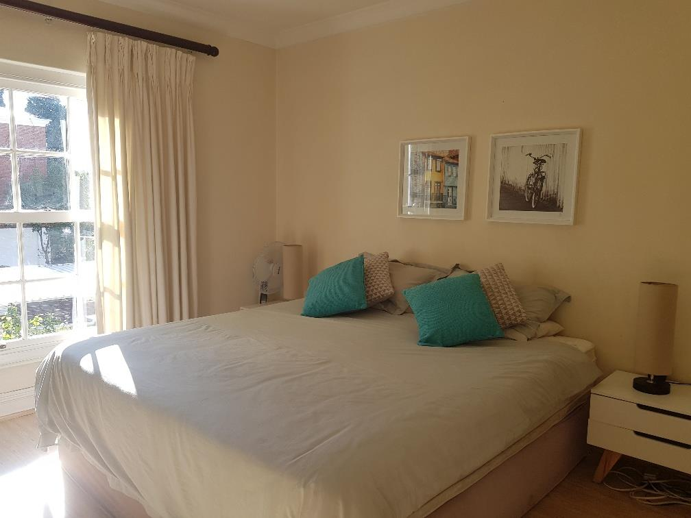 3 Bedroom Apartment For Sale in Sandown