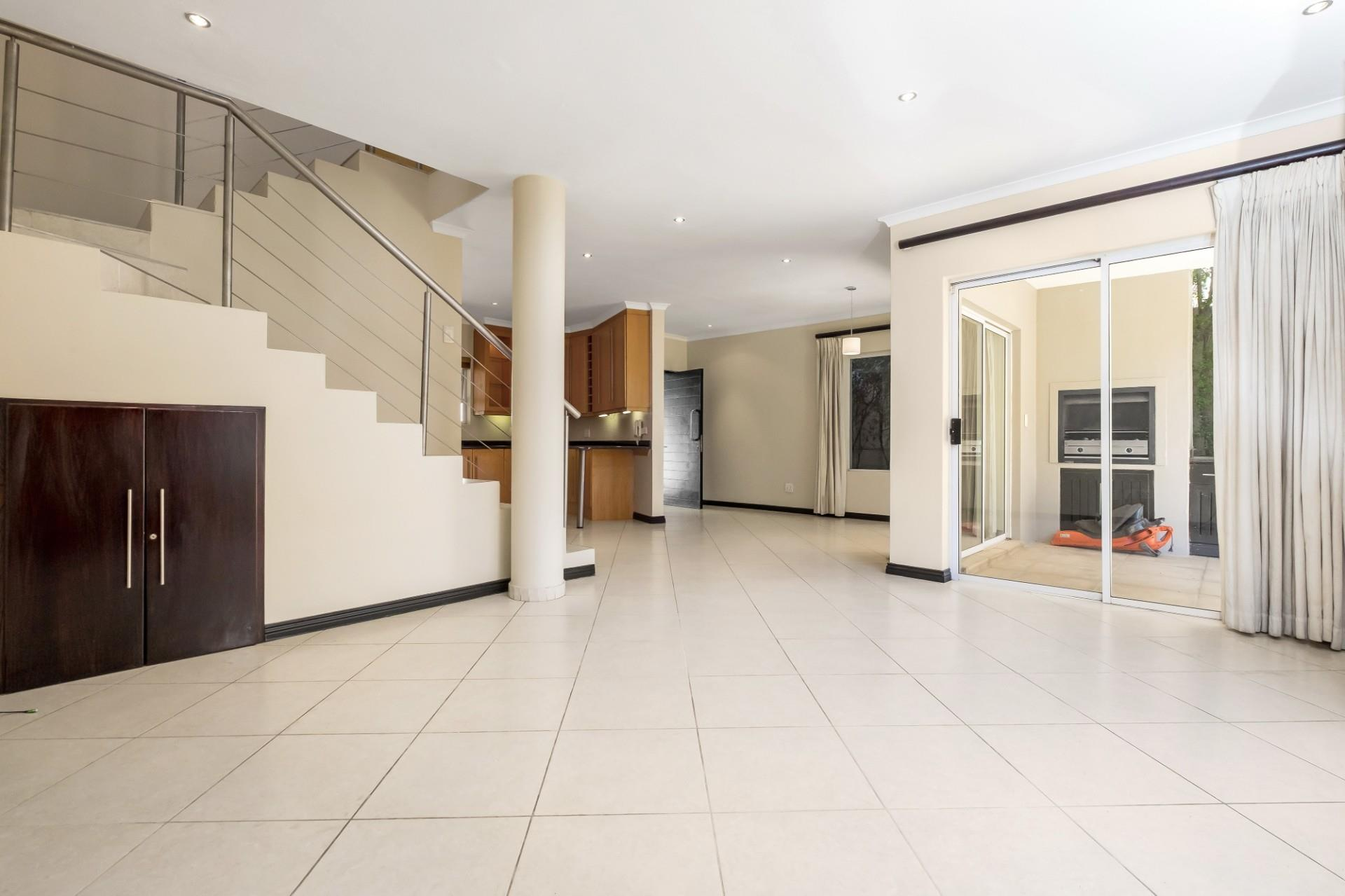 3 Bedroom Townhouse For Sale in Sandown
