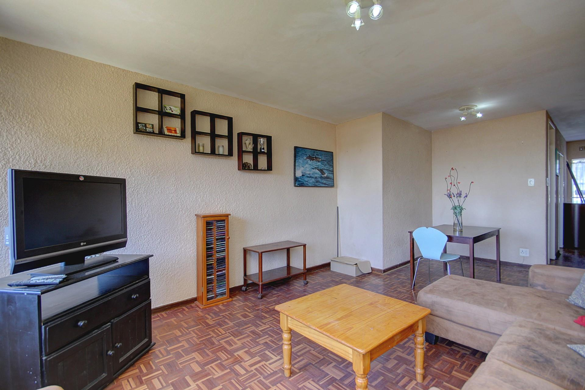 2 Bedroom House For Sale in Ferndale