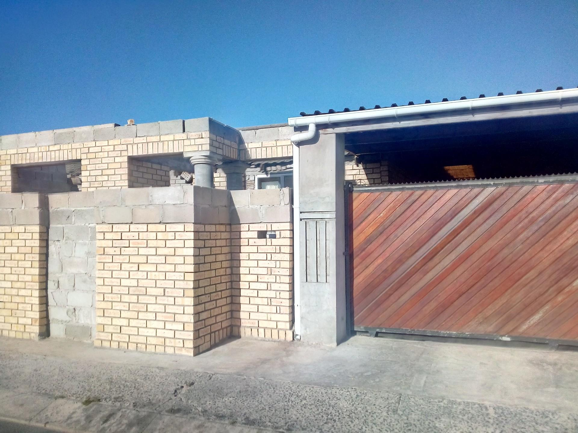 2 Bedroom House For Sale in Nyanga