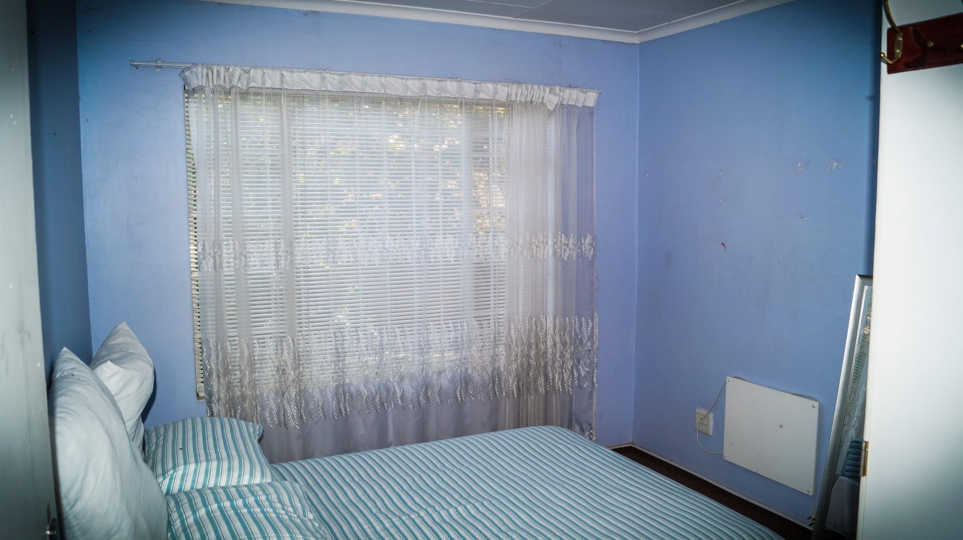 3 Bedroom Simplex For Sale in Ruimsig
