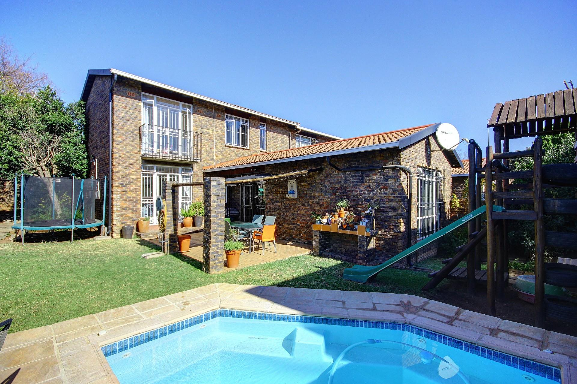 Property For Sale In Randpark Ridge Re Max Of Southern