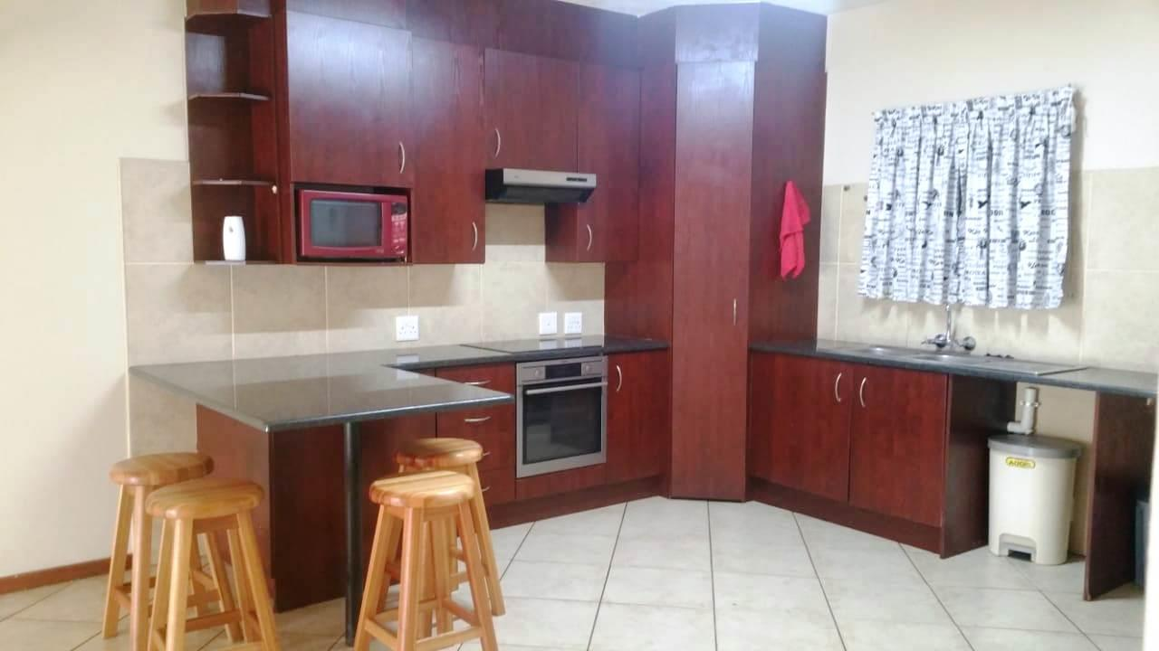 2 Bedroom Apartment For Sale in Sugar Bush Estate