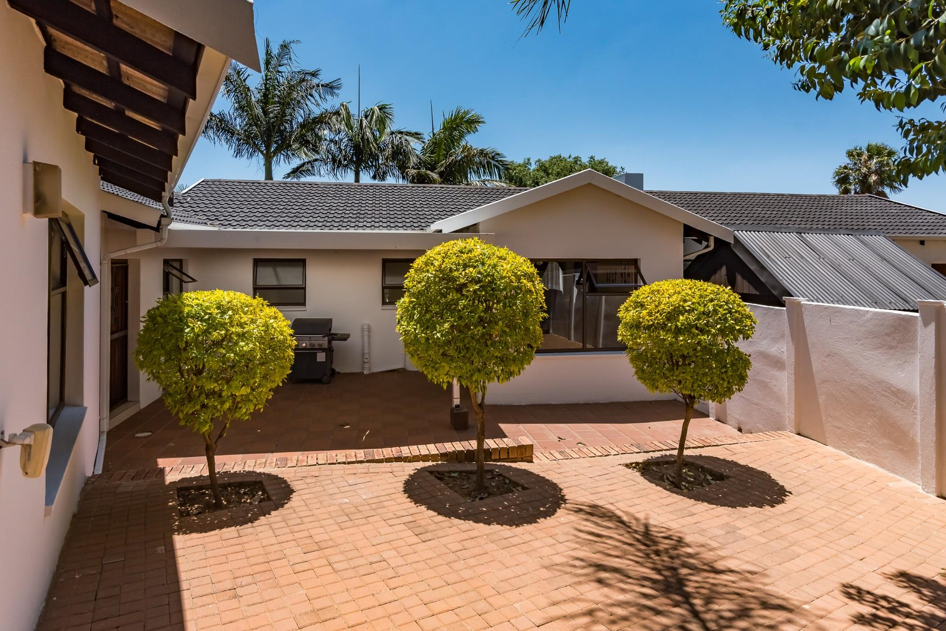 4 Bedroom House For Sale in Randpark Ridge