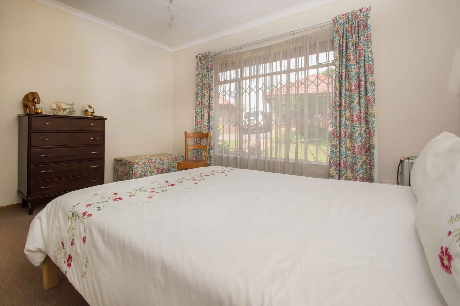 3 Bedroom Townhouse For Sale in Northwold