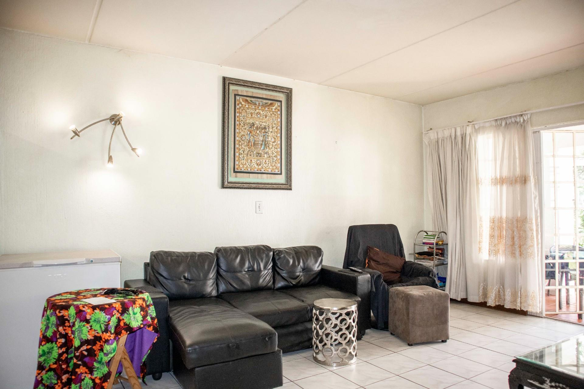 2 Bedroom Apartment / Flat For Sale in Kelland