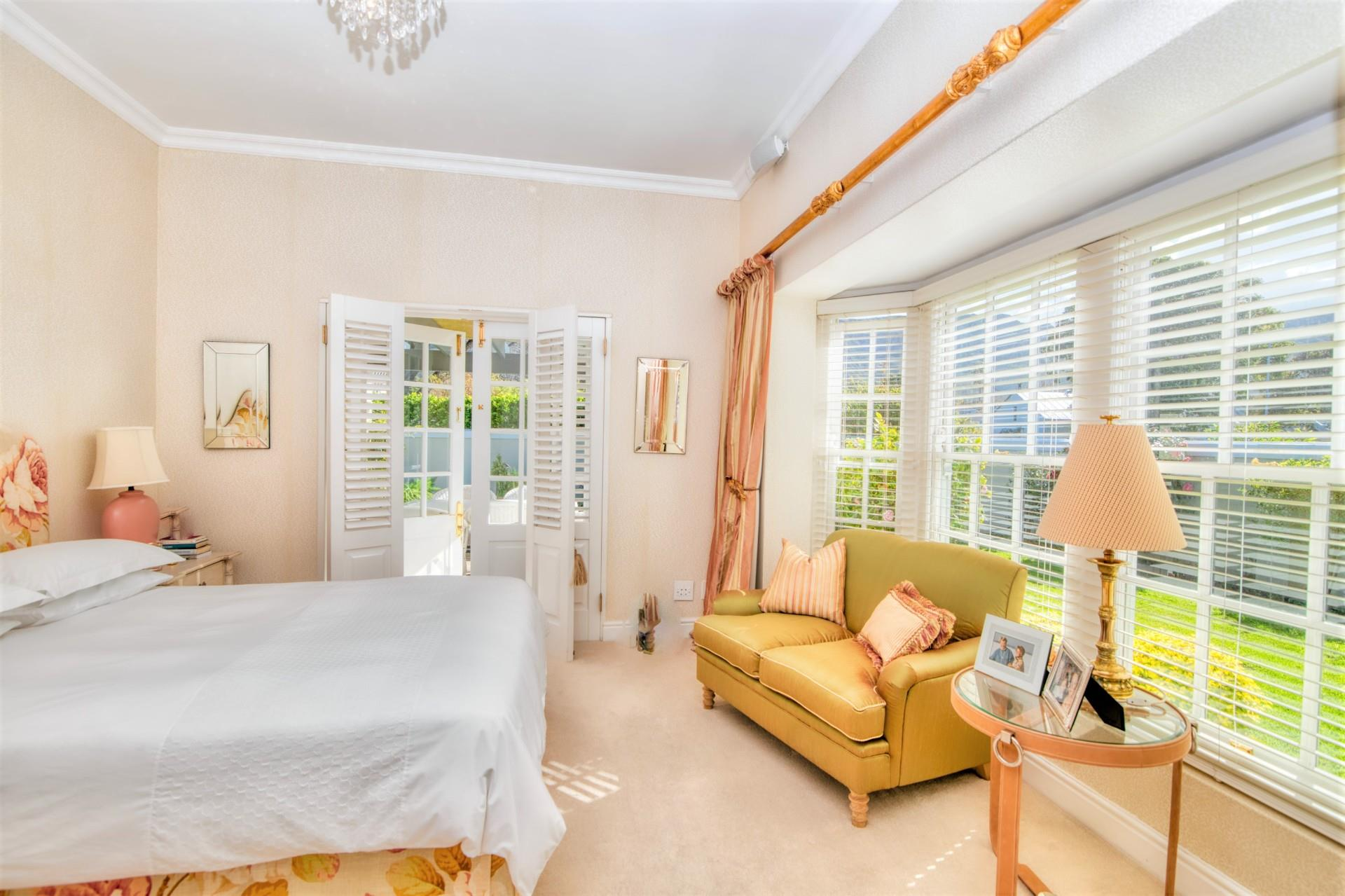 3 Bedroom House For Sale in Eastcliff