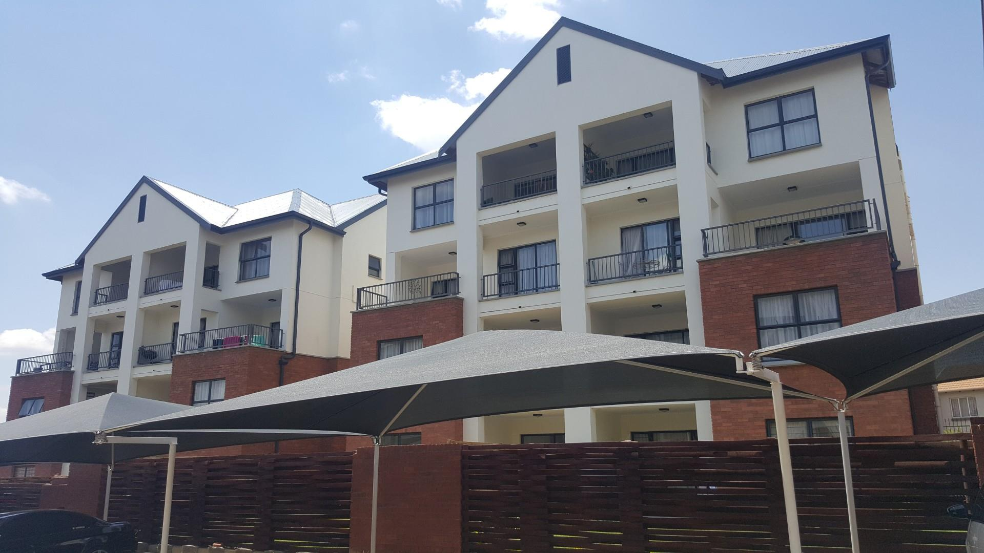 2 Bedroom Apartment To Rent in Greenstone Hill