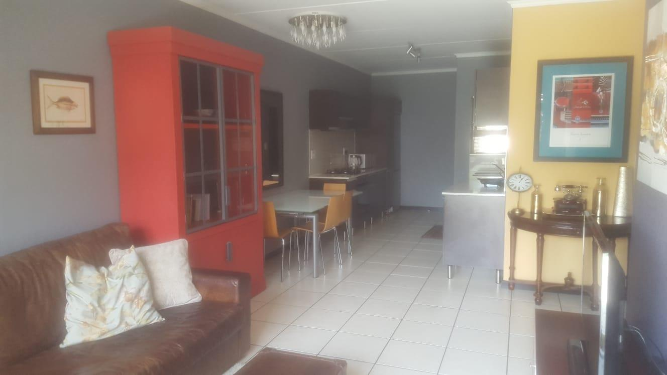 3 Bedroom Apartment / Flat To Rent in Greenstone Gate