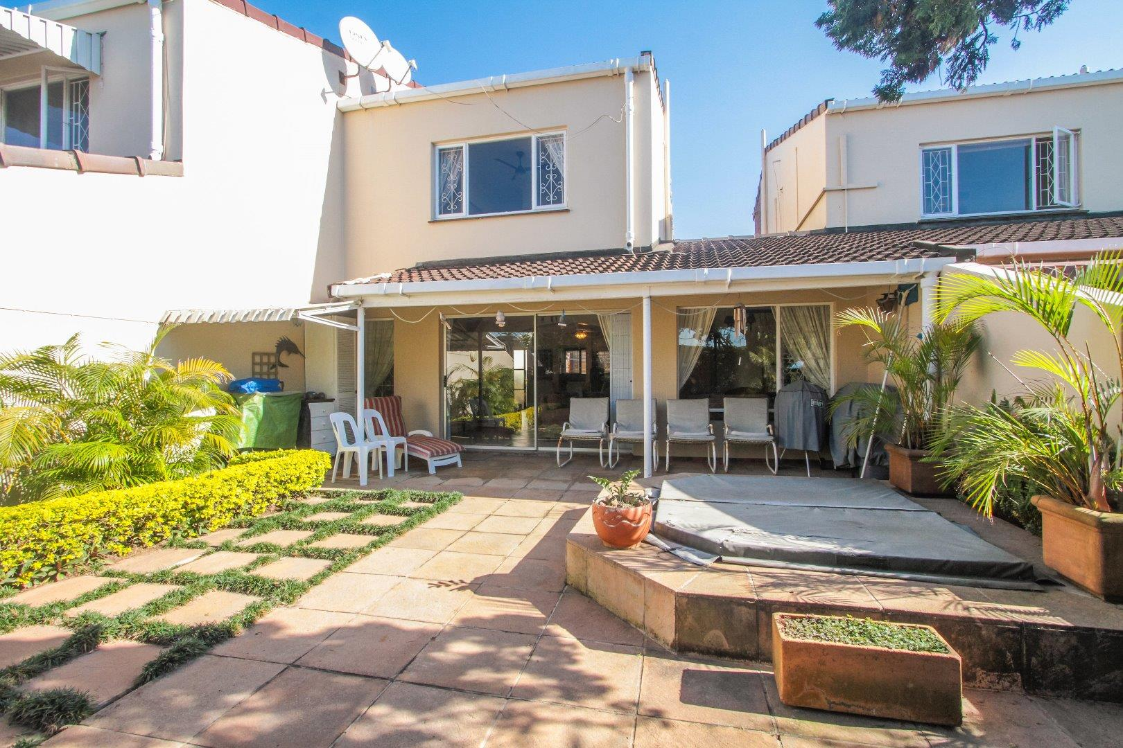 3 Bedroom Duplex For Sale in Durban North