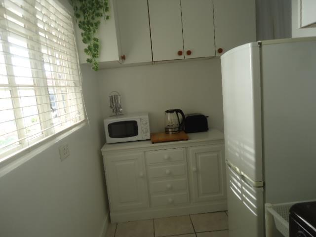 1 Bedroom House To Rent in Durban North