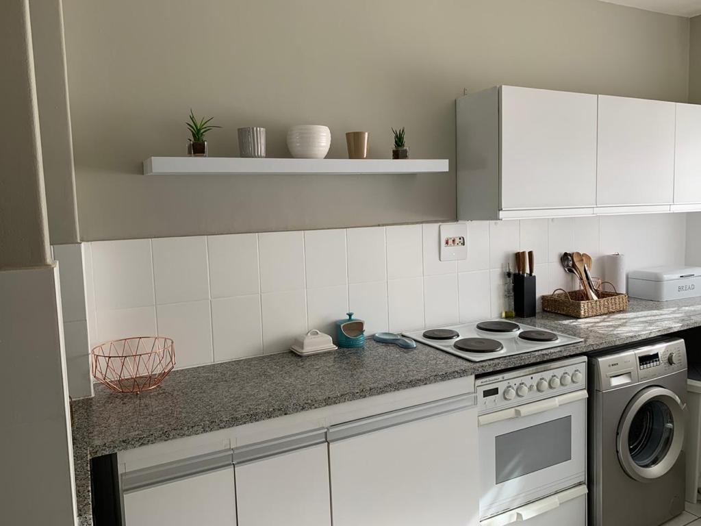 2 Bedroom House To Rent in Umhlanga Rocks