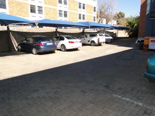Commercial Property in Arboretum For Sale