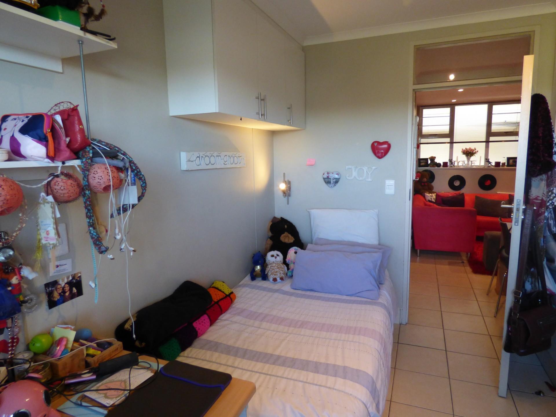2 Bedroom Apartment / Flat For Sale in Universitas