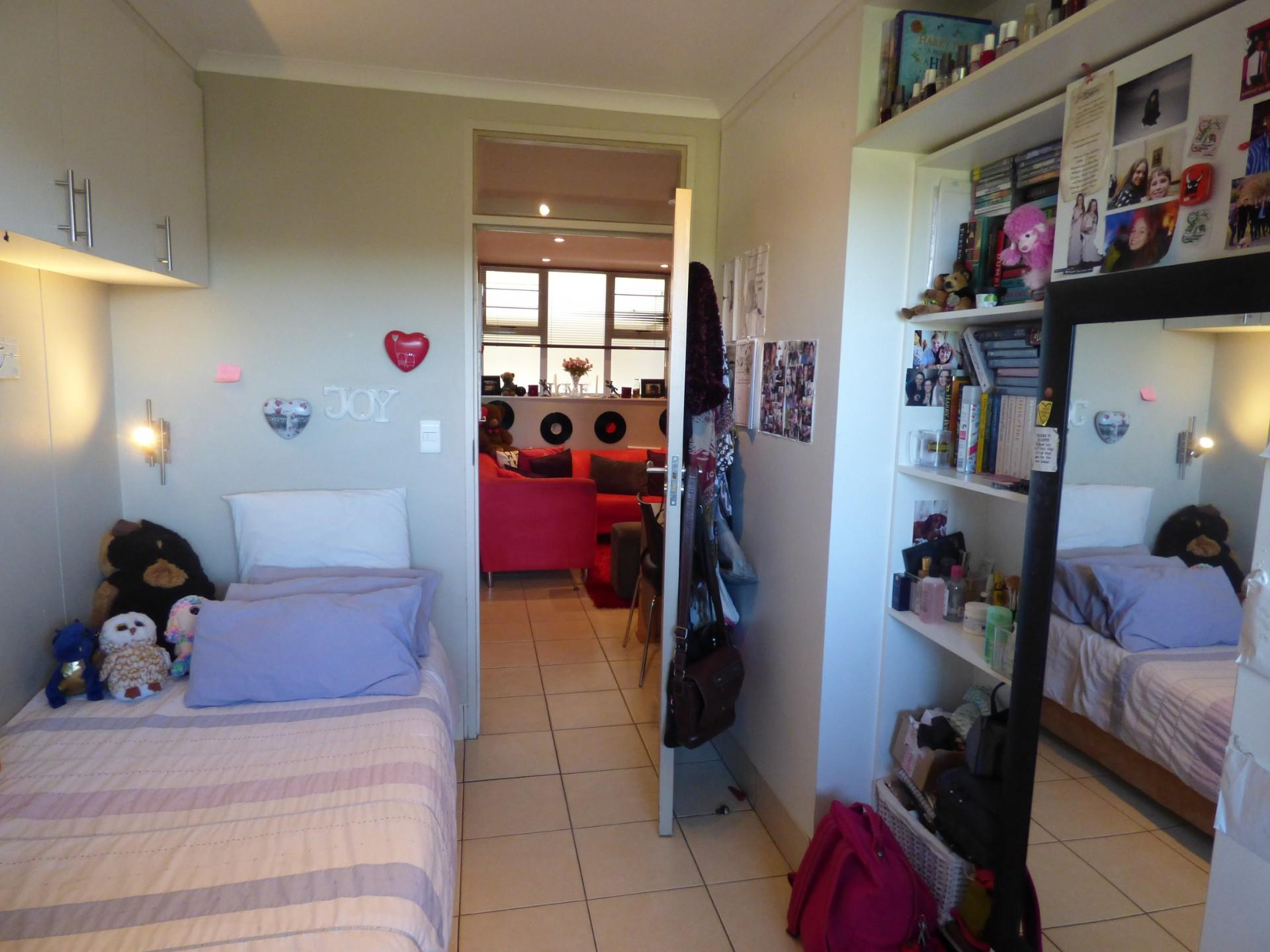 2 Bedroom Apartment / Flat For Sale in Universitas