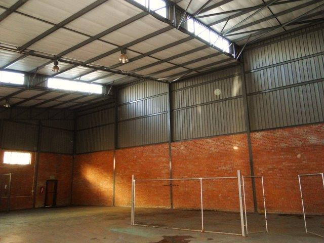 Commercial Property in Oos Einde For Sale