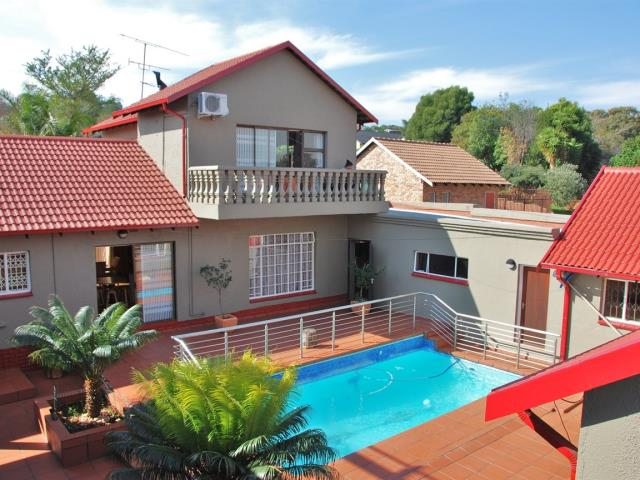 property and houses for sale in florida glen roodepoort