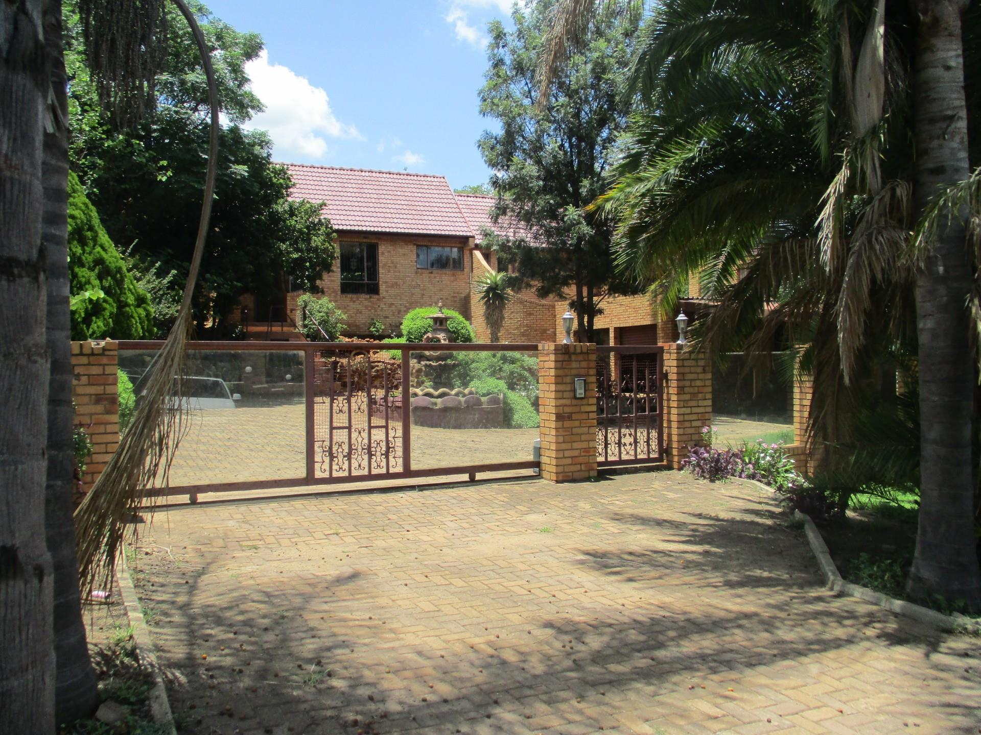3 Bedroom House To Rent in Observation Hill