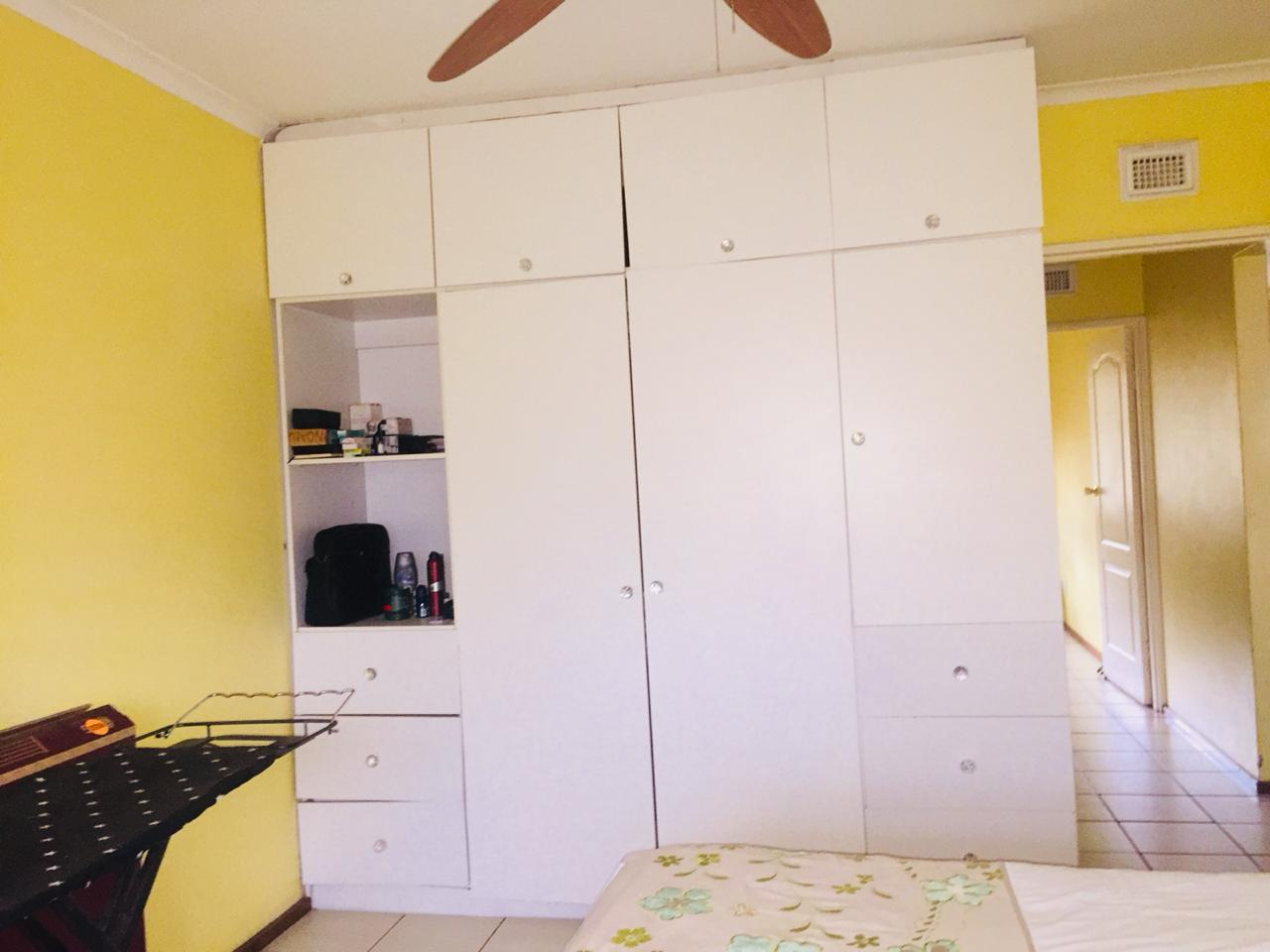 2 Bedroom Town house For Sale in Woodlands