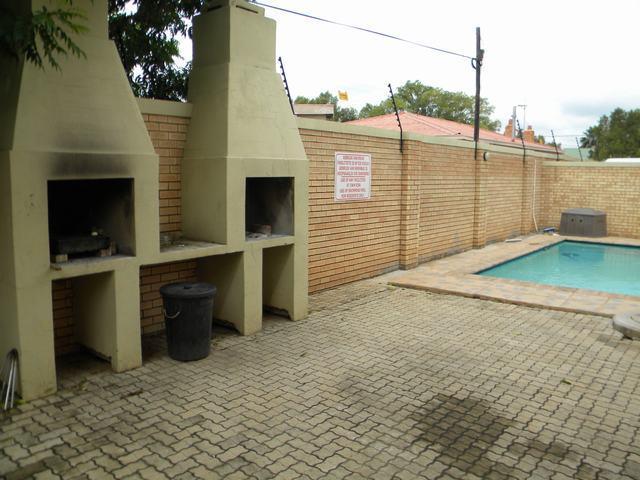1 Bedroom Apartment For Sale in Potchefstroom Central