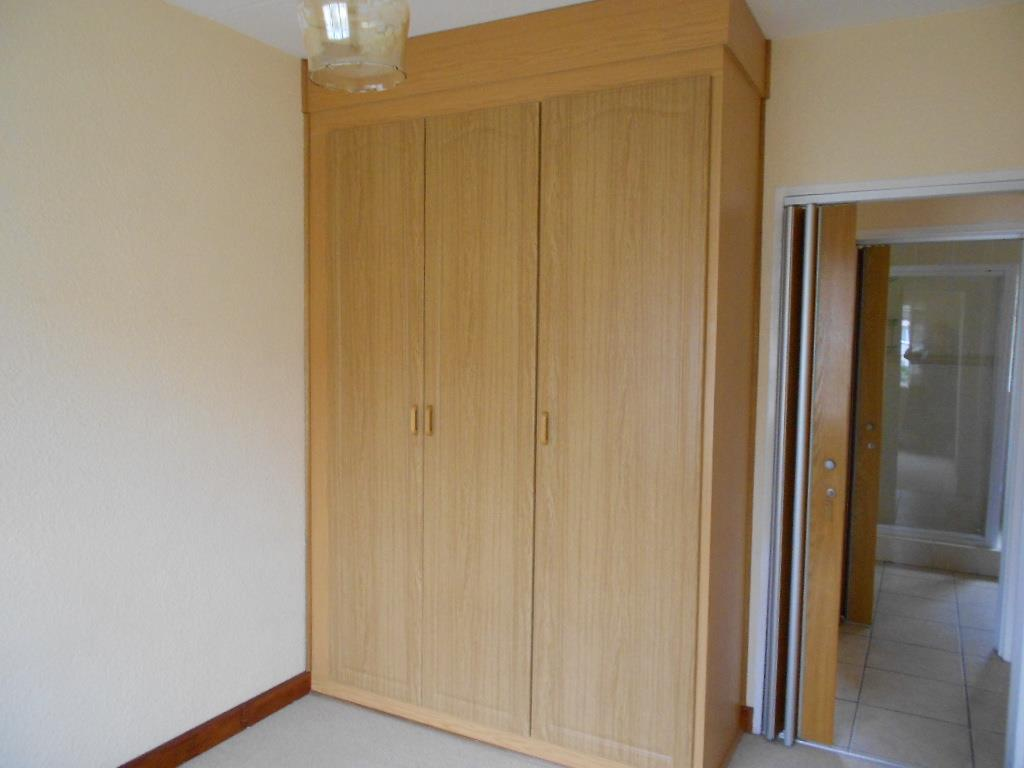 2 Bedroom Apartment For Sale in Kannoniers Park