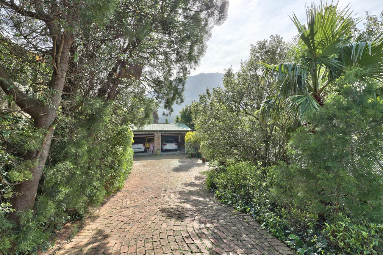 3 Bedroom House For Sale in Mount Rhodes