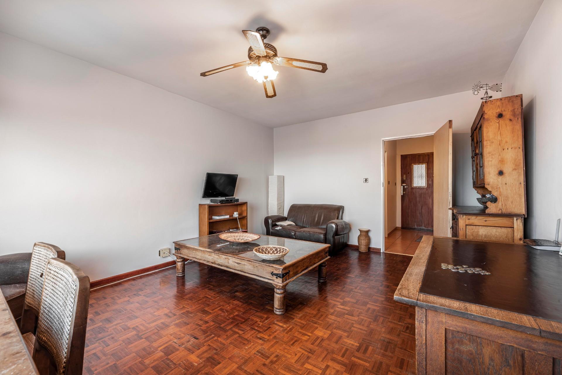 2 Bedroom Apartment / Flat To Rent in Gardens