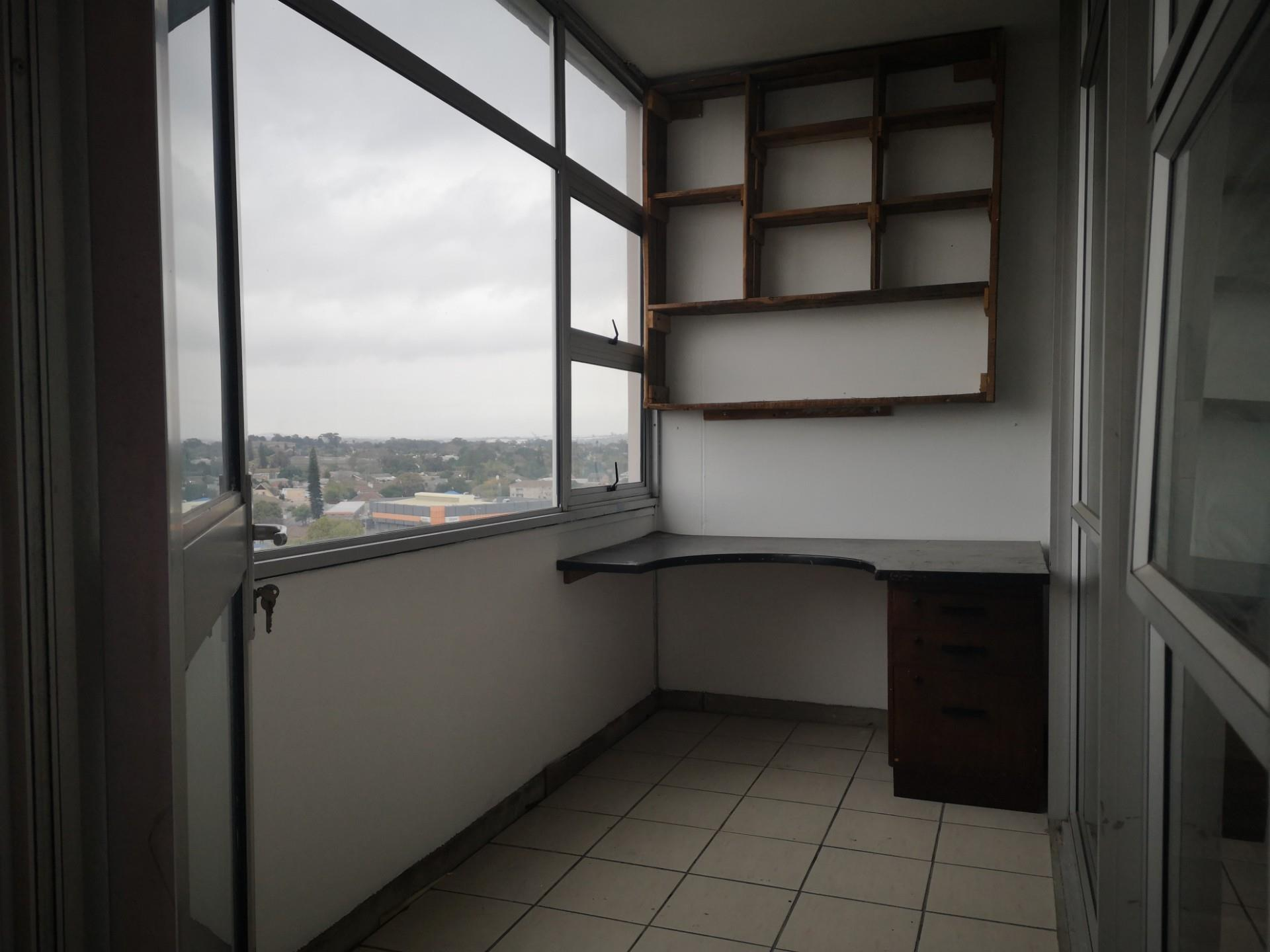 2 Bedroom Apartment / Flat For Sale in Bellville Central