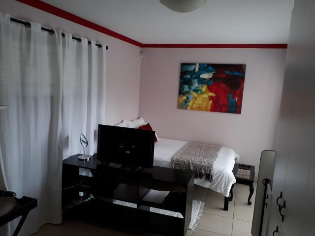 1 Bedroom Apartment / Flat To Rent in Vredekloof East