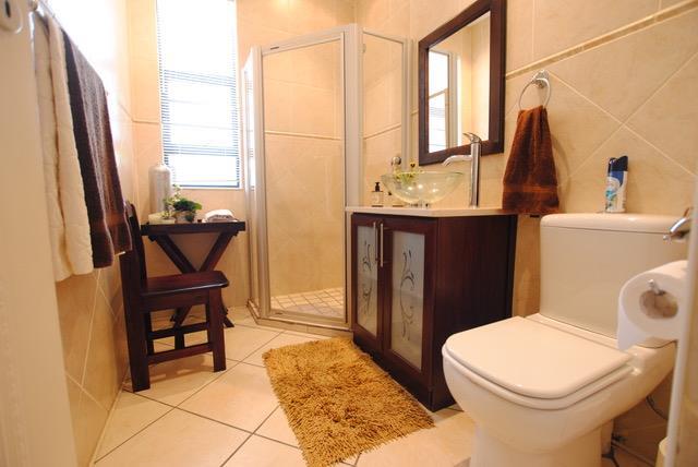 4 Bedroom House To Rent in Big Bay