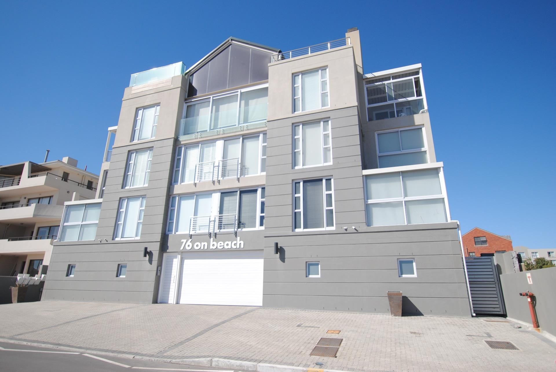 3 Bedroom Apartment / Flat To Rent in Bloubergrant