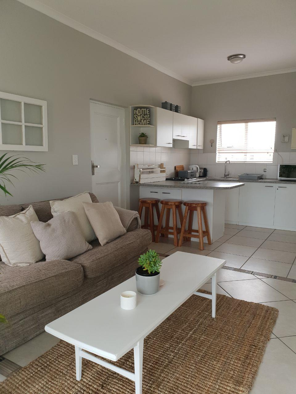 2 Bedroom Apartment / Flat To Rent in Big Bay