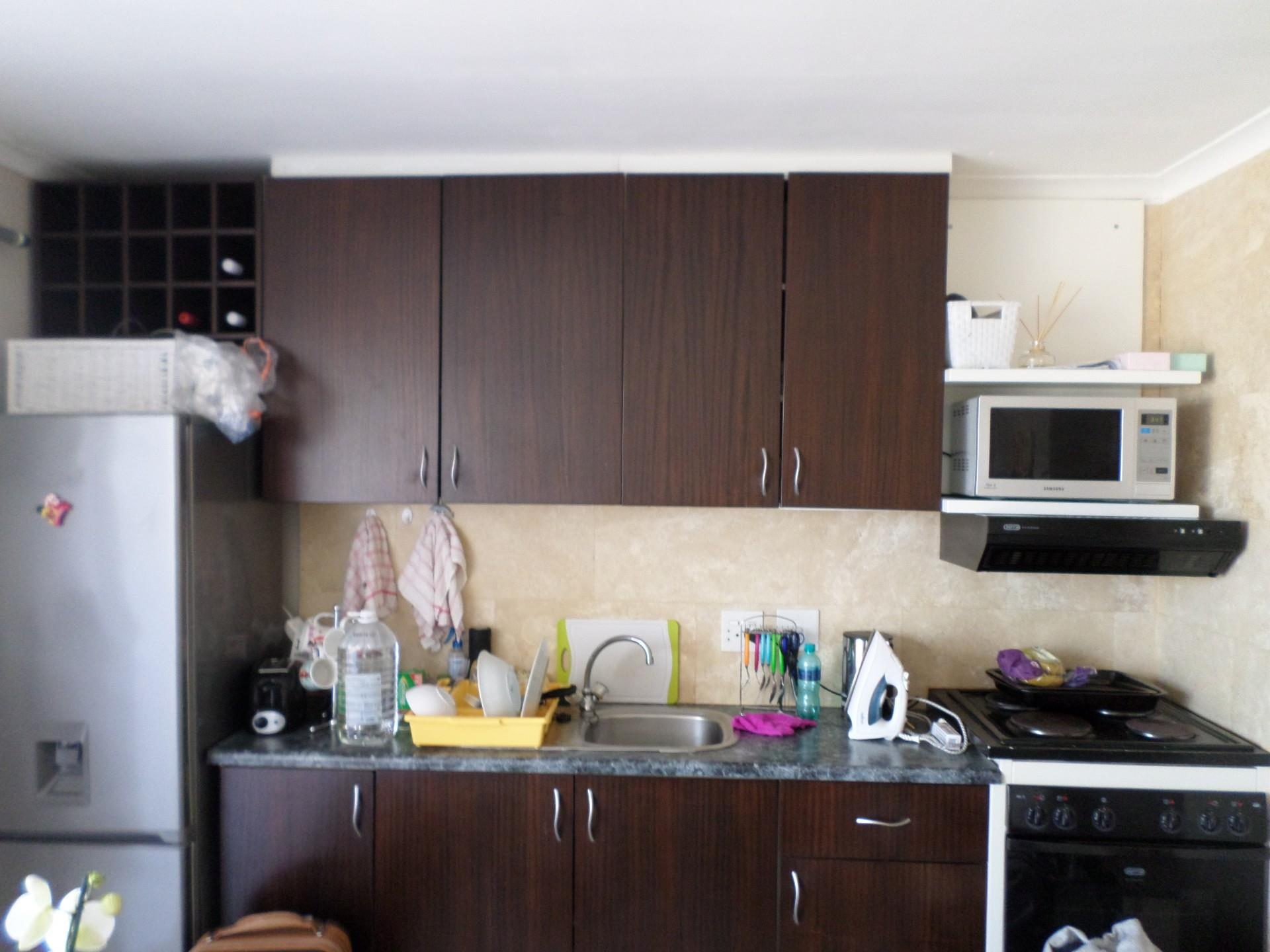 1 Bedroom Apartment / Flat To Rent in West Beach