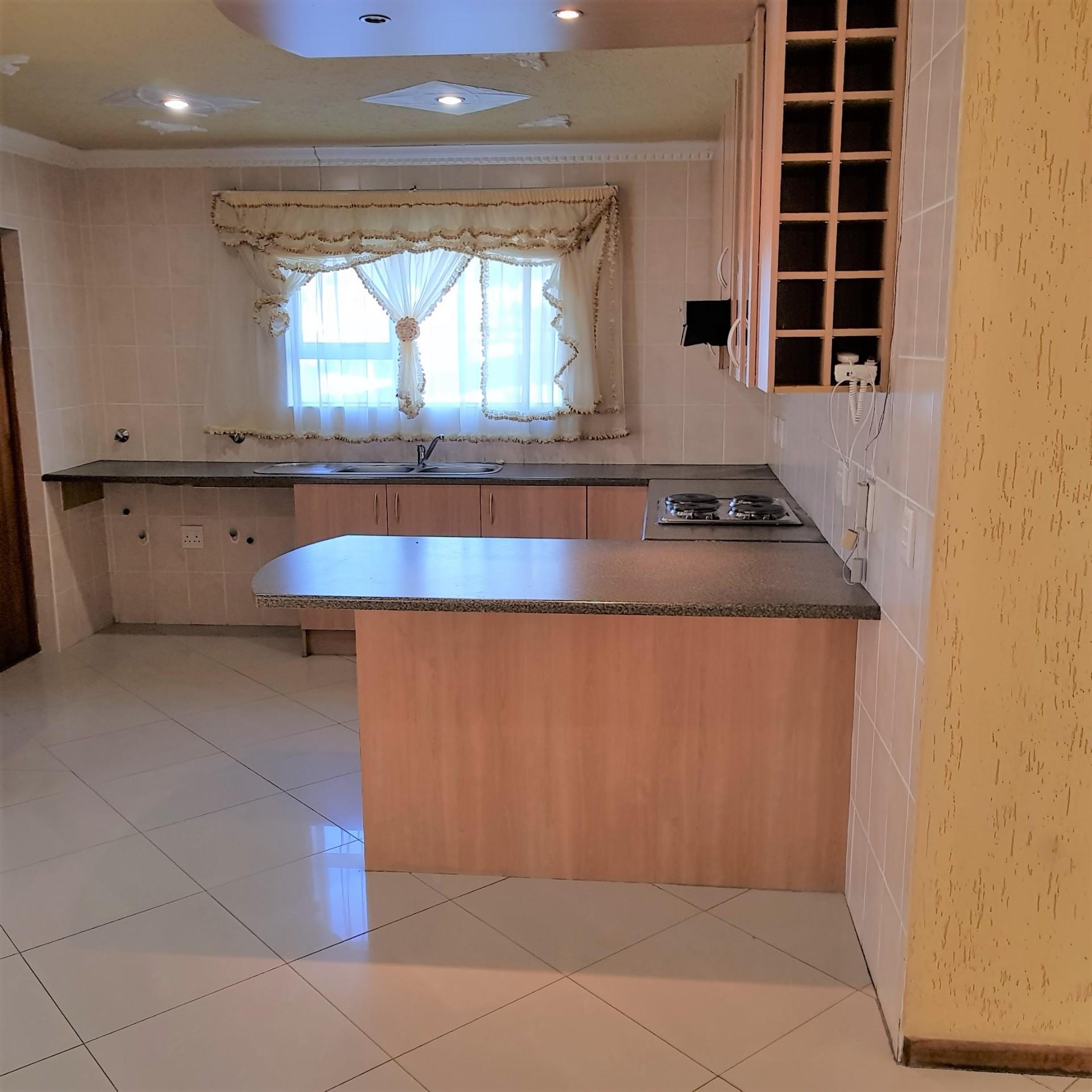 3 Bedroom House To Rent in Parklands
